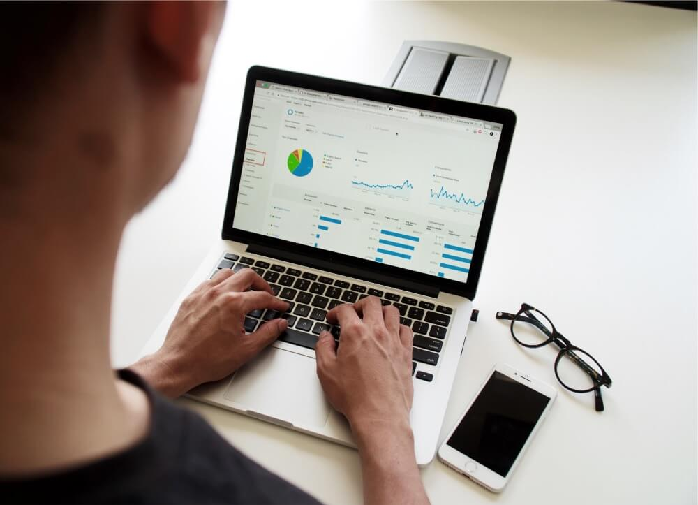 Customer and Business Intelligence - SMARTcare Software
